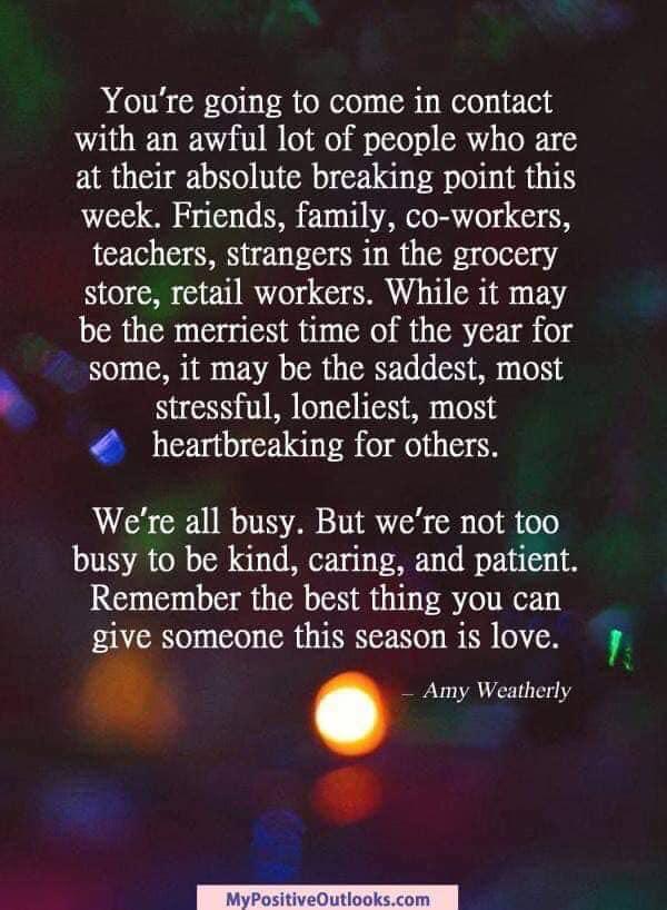 Коледа-празници-Нова година-радости-тъга-сезонът на любовта-веселие-семейни традиции-семейни празници-топлина-уют-декември месец